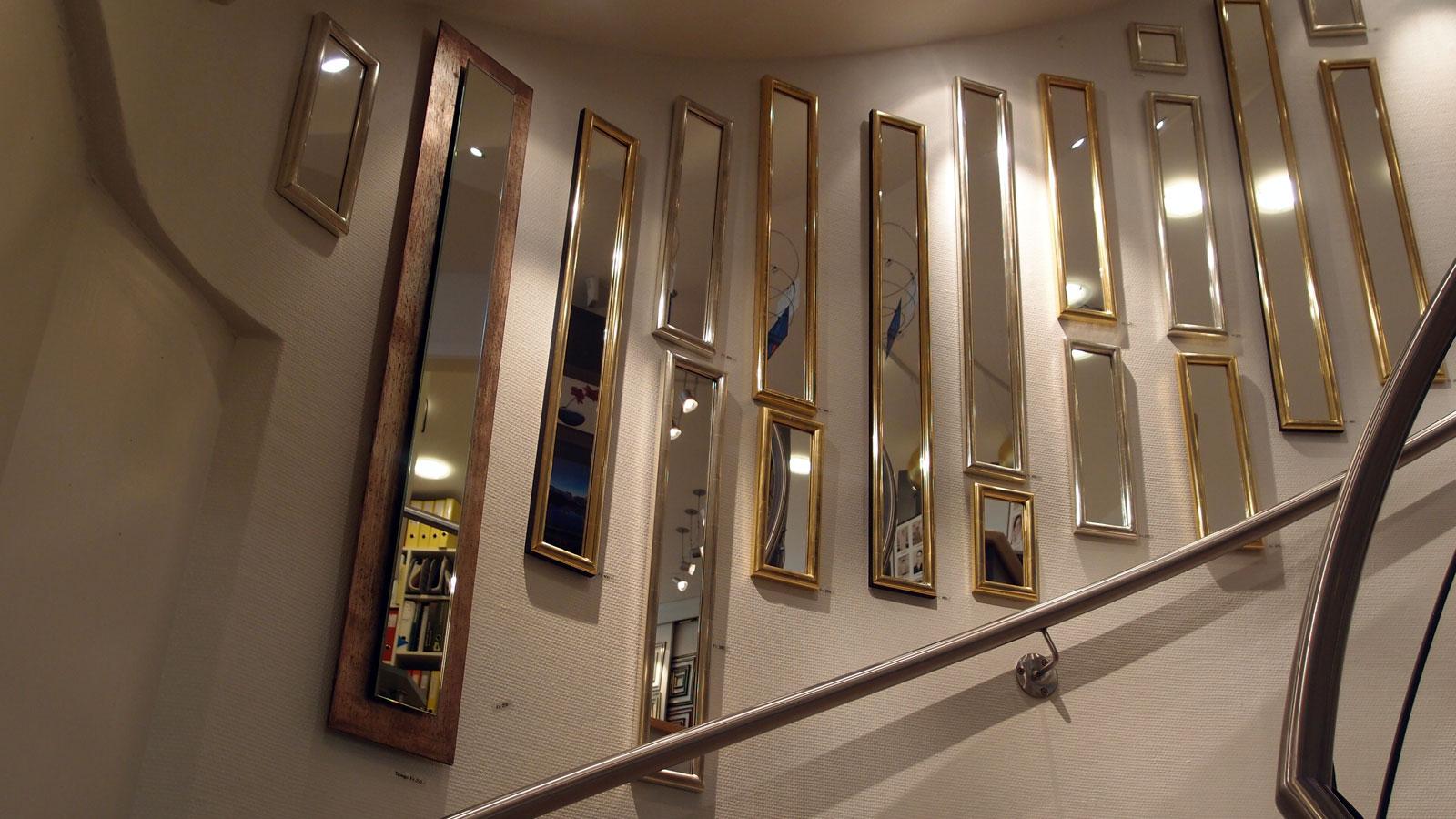 Rahmelade winterthur - Spiegel mit spiegelrahmen ...